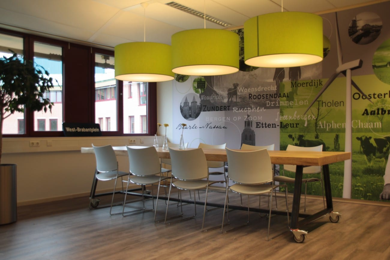 Stoere kantoor inrichting industrieel meubelmakerij for Kantoor interieur design