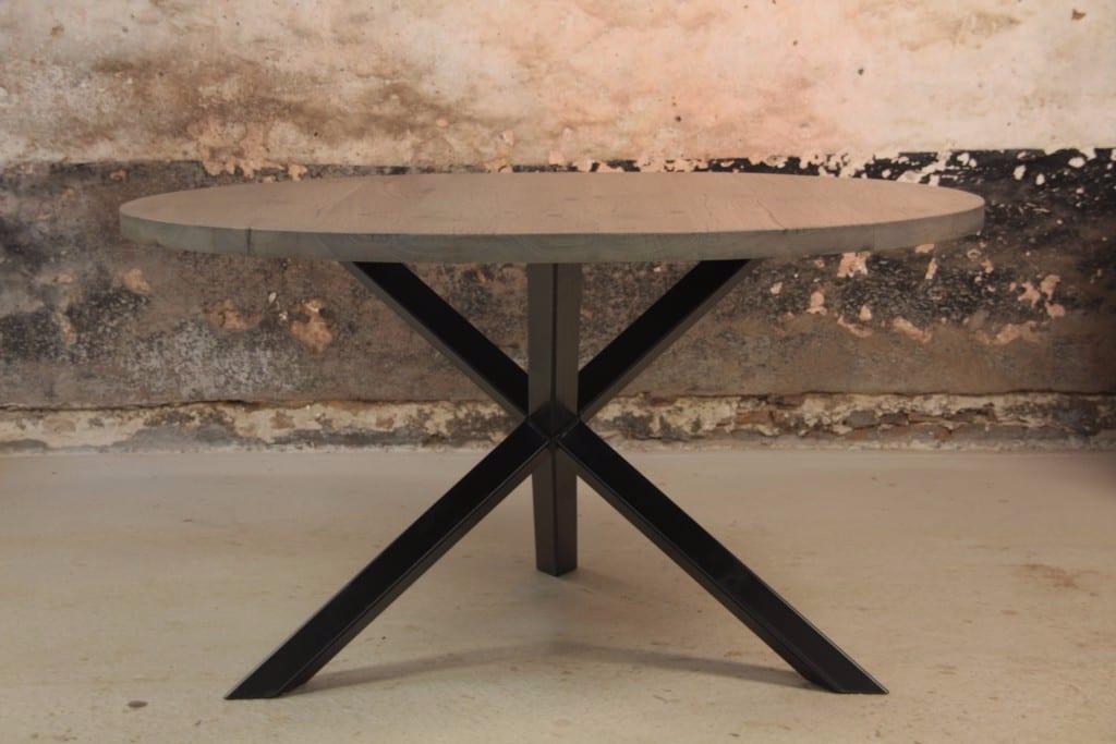 Tafel op maat mooimakerij houtkwadraat