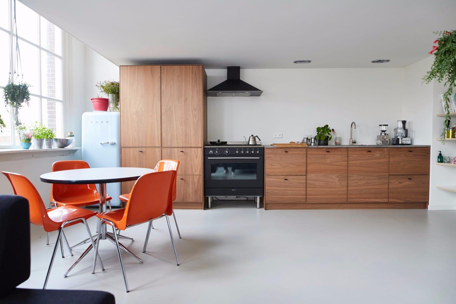 Keuken op maat meubelmakerij houtkwadraat - Keuken industriele loft ...