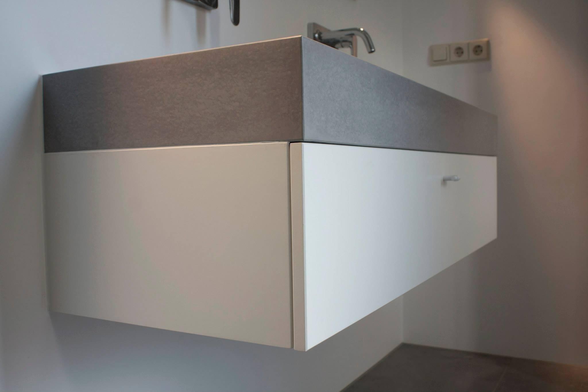 Badkamermeubels op maat meubelmakerij houtkwadraat - Badkamer meubels ...