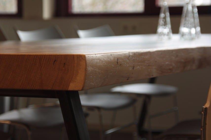 Ijzeren Onderstel Tafel : Houten tafel met stalen frame meubelmakerij houtkwadraat