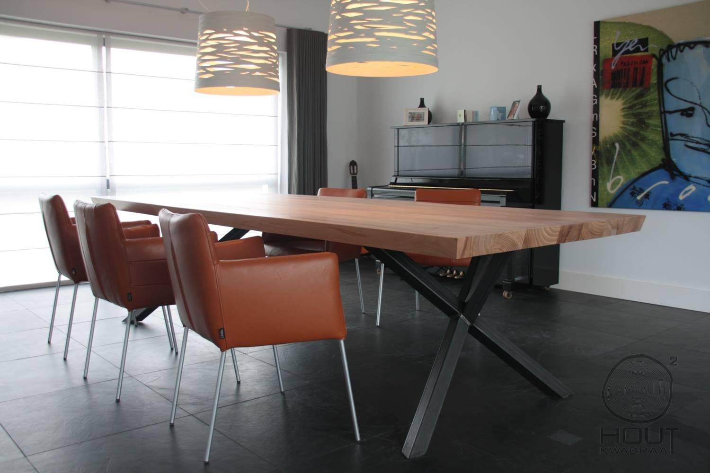 Houten tafel met stalen frame meubelmakerij houtkwadraat - Eettafel en houten eetkamer ...