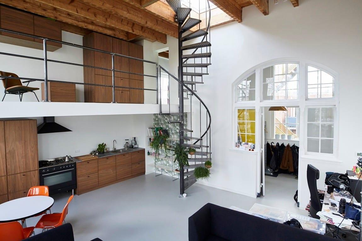 Industrieel interieur op maat meubelmakerij houtkwadraat for Industrieel interieur